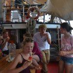 Eine Melonenpause zwischen all den Schiffarbeiten tut richtig gut