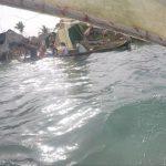 Wir segeln Einbaum wie ein Kunaindianer