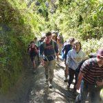 Wir machen uns mit unserem einheimischen Guide auf zum Gipfel des Barus