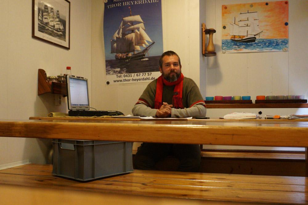 Warten auf Kundschaft - Sebastian bietet Zusatzstunden an
