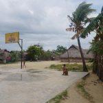 Dorfeigener Basketballplatz