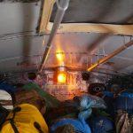 Partybeleuchtung im vollen vollen Bus
