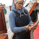 Leinenschoner angebracht von Marlene als Bootsfrau