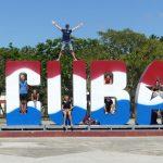 Kuba in großen Lettern in Bayamo