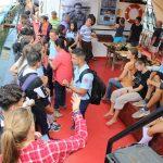 Die kubanischen Schüler kommen an Bord