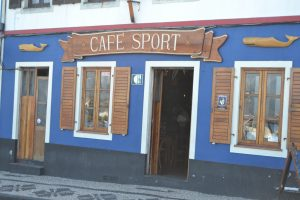 Berühmter Seglertreffpunkt auf den Azoren