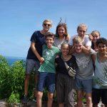 Während des Landgangs erklomm eine Kleingruppe einen Berg auf Union Island