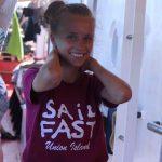 Lisas neues T-Shirt - begehrtes Mitbringsel aus der Karibik für alle Segler