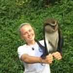 Der Affe spielte auch gerne und viel