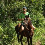 Ausflüge im Vinales Tal - hier Luki in - Der Schöne und das Biest