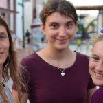 Kleingruppe Bayamo- Tagsüber machen Katie, Hanna und Matthias die Stadt unsicher